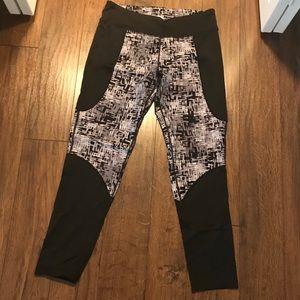 Lou & grey activewear leggings